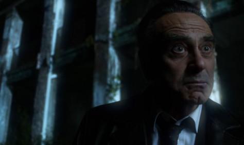 Dan Hedaya as Detective Dix