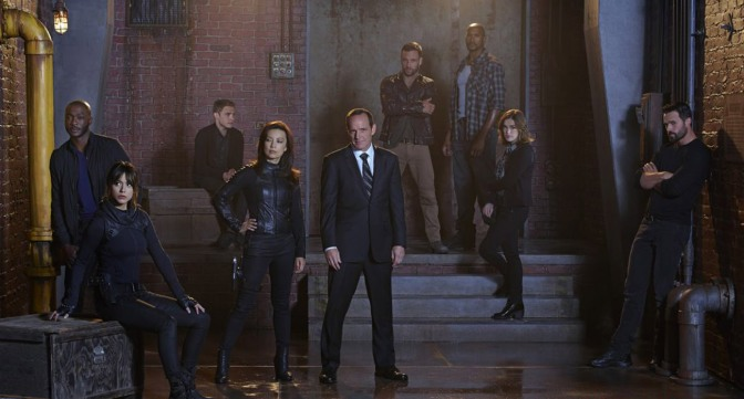 Marvel's Agents of S.H.I.E.L.D. Looks to Score Spin-Off Show & How Daredevil Fits Into Their Universe