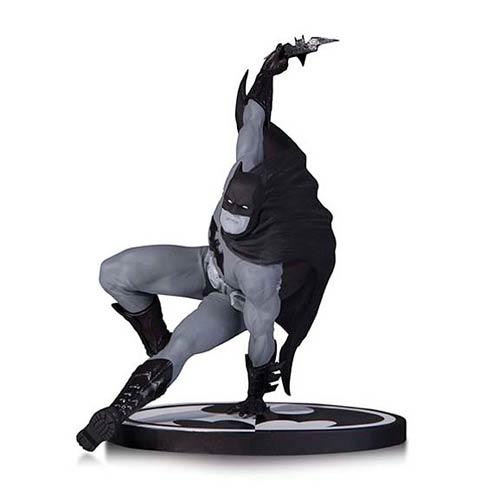 Batman Hitch Statue