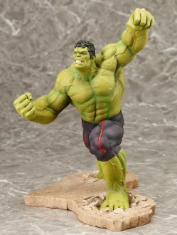 Kotobukiya-Hulk-Avengers-Age-of-Ultron-ARTFX+-Statue