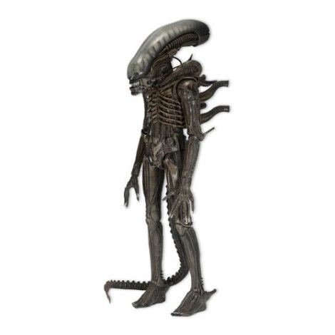neca alien figure 3