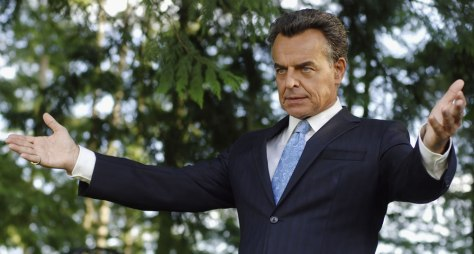 Ray Wise as The Devil in REAPER (Image: The CW)