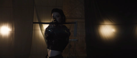 Mary Elizabeth Winstead as Huntress