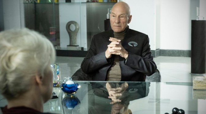 [SDCC 2019] Star Trek: Picard Trailer – Patrick Stewart Is Back In The Captain's Chair!